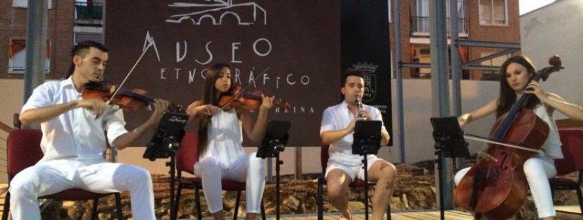 Imágenes del Concierto en el Museo Etnográfico por Paco Mesa y Rafael Arranque