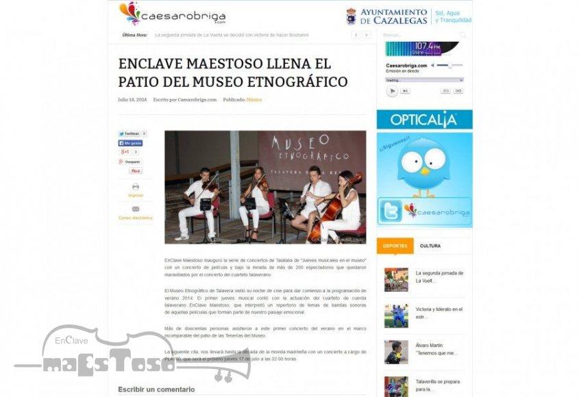 EnClave Maestoso llena el Patio del Museo Etnográfico